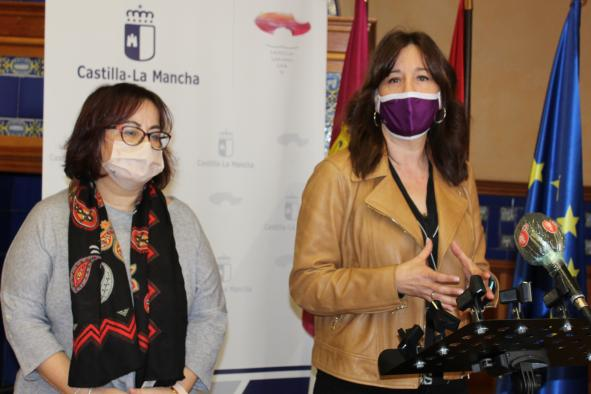 La consejera de Igualdad y portavoz del Gobierno regional, Blanca Fernández, ha inaugurado, a las 12:00 horas, a jornada online 'Tú puedes darles voz'