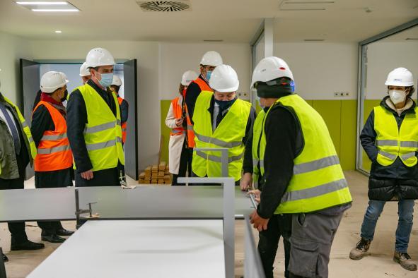 Emiliano García-Page SánchezSeguir Visita a las obras del Hospital Universitario de Guadalajara