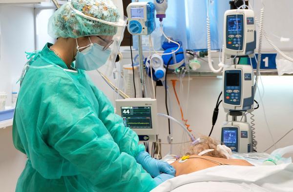 Castilla-La Mancha tiene el menor número de hospitalizados en cama convencional por COVID-19 desde el 1 de enero