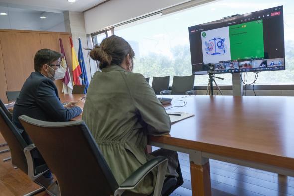 Más de 600 docentes intercambian experiencias sobre los planes de igualdad que desarrollan en 36 centros educativos de Castilla-La Mancha