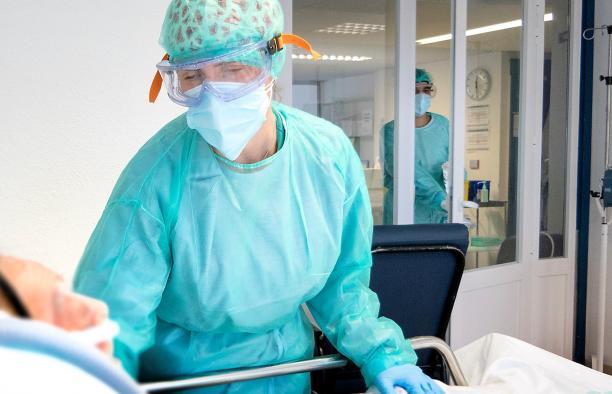 Castilla-La Mancha registra los mejores datos de hospitalizados por COVID-19 de los últimos 10 meses