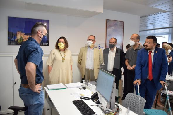 La consejera de Economía, Empresas y Empleo, Patricia Franco, visita la nueva Oficina Emplea de La Roda