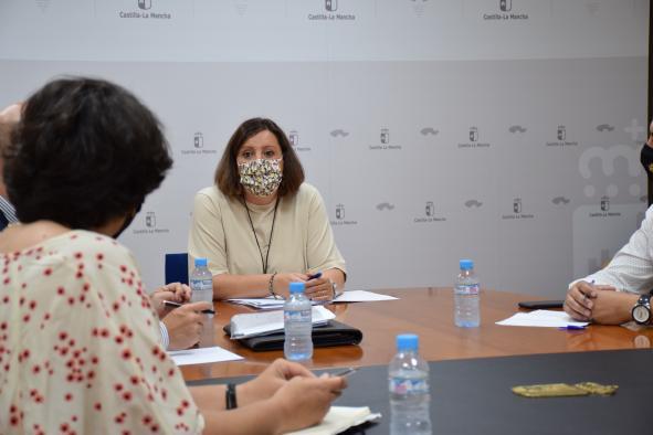 El Gobierno regional y los sindicatos CCOO y UGT trabajan de manera conjunta para devolver la actividad industrial a la planta de Siemens en Cuenca