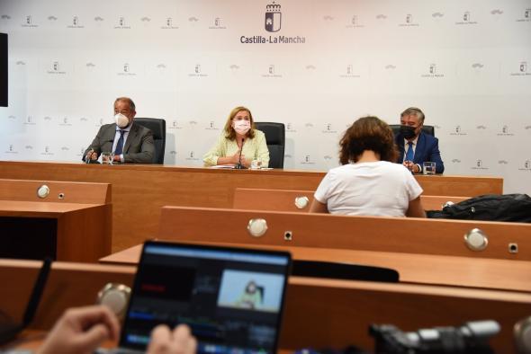 El Gobierno regional impulsa la investigación con una nueva convocatoria dotada con diez millones de euros, dos más que la pasada