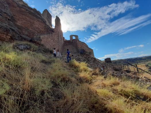 El Gobierno regional trabaja para que cuanto antes la entrada al Castillo de Zorita de los Canes vuelva a ser accesible
