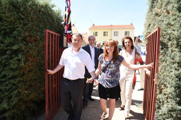 El Presidente visita el colegio rural de Alcoroches