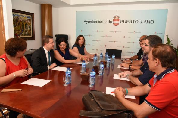 Reunión del presidente García-Page con representantes del comité de empresa de Elcogás