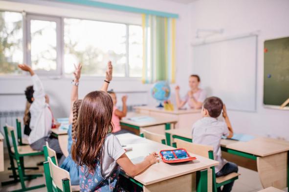"""Seis centros educativos de Castilla-La Mancha optan a la fase final del premio """"Acción Magistral"""" de FAD y BBVA"""