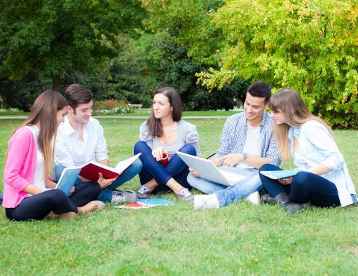 El Gobierno regional impulsa una política de precios públicos universitarios que garantiza la igualdad de acceso a todos los estudiantes