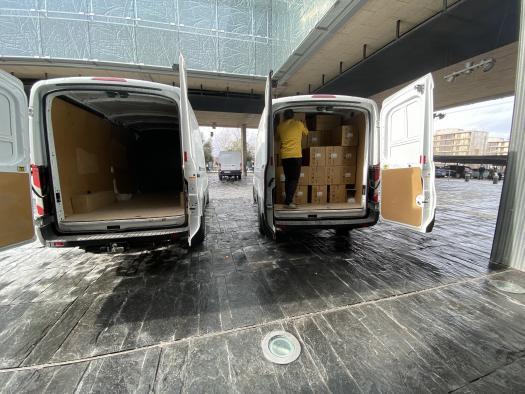 El Gobierno de Castilla-La Mancha ha distribuido casi 400.000 artículos de protección para profesionales sanitarios en la última semana