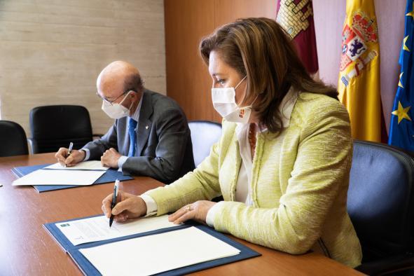 Gobierno regional y Fundación Globalcaja firman un convenio para mejorar e impulsar la FP Dual