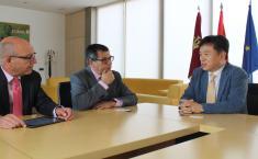 El Gobierno regional muestra su voluntad de estudiar posibles vías de colaboración en materia cultural y turística entre Seúl y Toledo