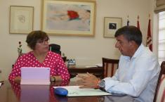 El alcalde de El Torno solicita el apoyo del Gobierno de Castilla-La Mancha para la realización de obras en materia de agua, Educación y Bienestar Social