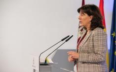 Rueda de Prensa Consejo de Gobierno. Blanca Fernández (20N) III