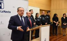 El consejero de Hacienda y Administraciones Públicas, Juan Alfonso Ruiz Molina, inaugura, el XXXII curso selectivo de formación inicial para Policías Locales