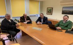 El Gobierno regional y el alcalde de Retuerta del Bullaque, informados de las mejoras que va a introducir la distribuidora eléctrica UFD