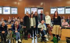 El Gobierno regional reconoce el trabajo conjunto de la Universidad regional y APACE para avanzar en la formación y conocimientos sobre la atención a personas con parálisis cerebral