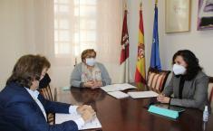 El Gobierno de Castilla-La Mancha pone a disposición de Calzada de Calatrava sus incentivos para propiciar la creación de nuevas empresas