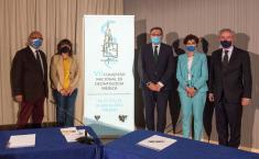 El consejero de Sanidad, Jesús Fernandez, ha inaugurado el Congreso Nacional de Deontología Médica